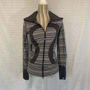 lululemon athletica Jackets & Coats - Lululemon Gray Stride Full Zipper Jacket SZ 4